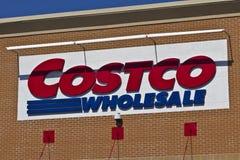Indianapolis - vers en avril 2016 : Emplacement III de vente en gros de Costco Image libre de droits