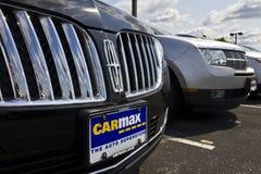 Indianapolis - vers en mai 2016 : Concessionaire automobile V de CarMax photos libres de droits