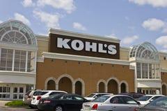 Indianapolis - vers en mai 2016 : Emplacement II de magasin de détail de Kohl images libres de droits