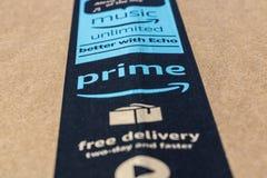 Indianapolis - vers en mai 2017 : Paquet de colis de perfection d'Amazone amazone COM est un détaillant en ligne premier IX images stock