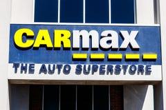 Indianapolis - vers en mars 2018 : Concessionaire automobile de CarMax CarMax est le plus grand détaillant d'Employer-voiture aux images libres de droits