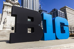 Indianapolis - vers en mars 2017 : Le grand logo de Dix conférences a également stylisé comme grands 10 ou B1G à Indianapolis du  photographie stock