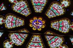 Indianapolis : Vers en mars 2018 : Rose Window à l'église catholique de coeur sacré Cette paroisse était en 1875 V établi Photo libre de droits