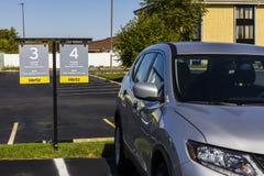 Indianapolis - vers en octobre 2016 : Emplacement local de location de voiture de Hertz Hertz est plus grand U S société de locat Photographie stock libre de droits
