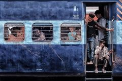 Indianina pociąg w New Delhi obraz stock