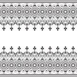 Indiano, linea elemento del hennè di Mehndi del pizzo con la carta di modello dei cerchi per il tatuaggio su fondo bianco royalty illustrazione gratis