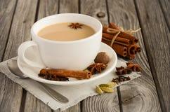 Indiano Masala Chai Tea Chá temperado com leite imagem de stock