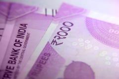 Indiano novo 2000 notas da moeda da rupia Foto de Stock Royalty Free