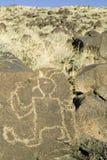 Indianpetroglyphs på den nationella monumentet för Petroglyph, utanför Albuquerque som är ny - Mexiko Arkivfoton