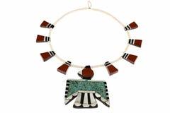Indiansmycken, Santo Domingo Turquoise och Coral Thunderbird och etikettshalsband Arkivfoton