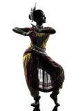 Indiańskiego kobieta tancerza dancingowa sylwetka Obraz Stock