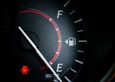 Indicador de la gasolina foto de archivo