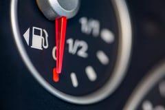 Indicador de la gasolina del coche Imagen de archivo libre de regalías