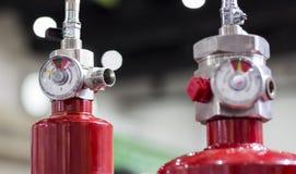 Indicador de presión del extintor rojo foto de archivo