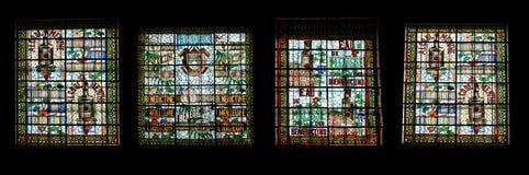 Indicador de vitral. Museu do palácio do licor beneditino em Fecamp imagens de stock
