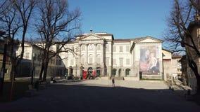 Indicador decorativo de um tenement histórico A galeria de arte e a academia das belas artes nomearam Accademia Carrara filme