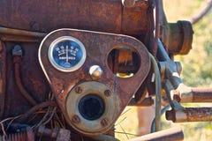 Indicador del vintage en máquina olvidada fotografía de archivo libre de regalías