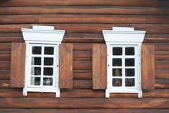 Indicador em uma casa de madeira Fotos de Stock Royalty Free