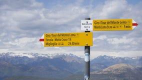Indicador en la montaña Suiza de Monte Lema imagen de archivo