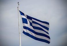 Indicador griego que agita fotografía de archivo libre de regalías