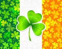 Indicador irlandés con los tréboles verdes y anaranjados stock de ilustración