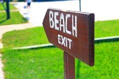 Indicador a la playa, primer foto de archivo libre de regalías
