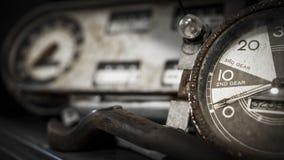 Indicadores automotrices antiguos Imagen de archivo libre de regalías