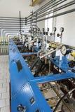 Indicadores de presión en central hidroeléctrica Imagen de archivo