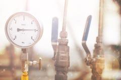 Indicadores de presión mecánicos Instrumentos tradicionales para la presión de medición Fotografía de archivo