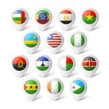 Indicadores del mapa con las banderas. África. stock de ilustración