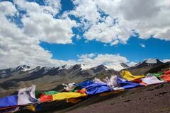 Indicadores del rezo en el Himalaya Foto de archivo