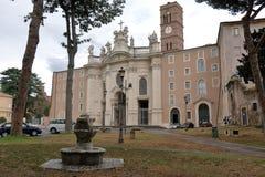 Indicadores velhos bonitos em Roma (Italy) Basílica da cruz santamente no Jerusalém fotografia de stock