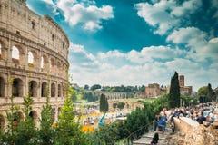 Indicadores velhos bonitos em Roma (Italy) Colosseum Flavian Amphitheatre UNESCO famoso do marco do mundo fotografia de stock royalty free