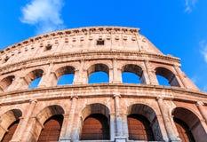 Indicadores velhos bonitos em Roma (Italy) Colosseum romano fotografia de stock