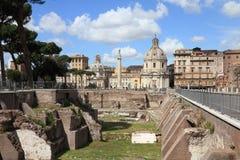 Indicadores velhos bonitos em Roma (Italy) fotografia de stock royalty free