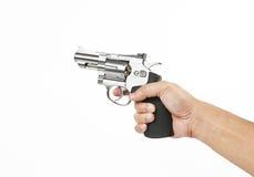 Indicare pistola e preparare per la fucilazione immagini stock