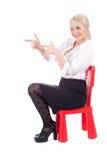 Indicare, sedentesi donna della presidenza del bambino sulla giovane Immagini Stock Libere da Diritti
