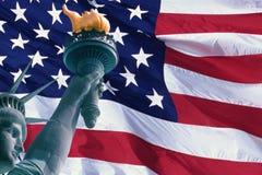 Indicateur américain et statue de la liberté Image stock
