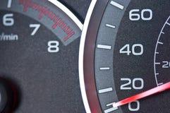 Indicateur de vitesse et tachymètre de véhicule Image stock