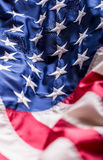 Indicateur des Etats-Unis Indicateur américain Vent de soufflement de drapeau américain Quatrième - 4ème de juillet Photos stock