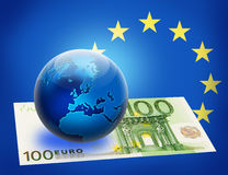 Indicateur et globe unis de l'Europe plus d'euro 100 Illustration Libre de Droits