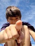 indication par les doigts d'enfant Photographie stock