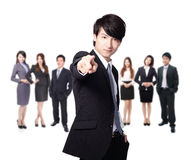 Indication par les doigts d'homme d'affaires à vous Photo libre de droits
