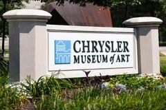 Indicatore del segno per il museo di arte di Chrysler in Norfolk, la Virginia Immagini Stock Libere da Diritti
