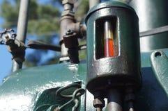 Indicatore dell'olio sul trattore agricolo d'annata Fotografie Stock Libere da Diritti