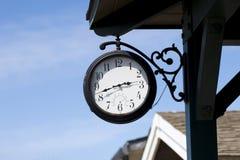 Indicatore di temperatura e di tempo Fotografie Stock Libere da Diritti