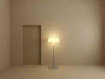 Indicatore luminoso di floorlamp nella stanza vuota. Immagini Stock