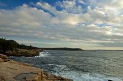 Indicatore luminoso di primo mattino, Acadia NP Fotografie Stock Libere da Diritti