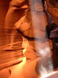 Indicatore luminoso ed ombra in canyon dell'antilope Fotografie Stock Libere da Diritti