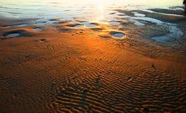 Indicatore luminoso sulla spiaggia fotografia stock